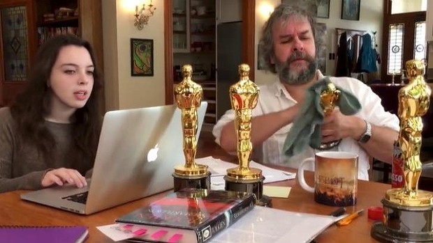 Hobbit director Peter Jackson teases with Doctor Who video